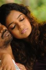 krishna-swathi-in-yaakkai-movie-stills-001